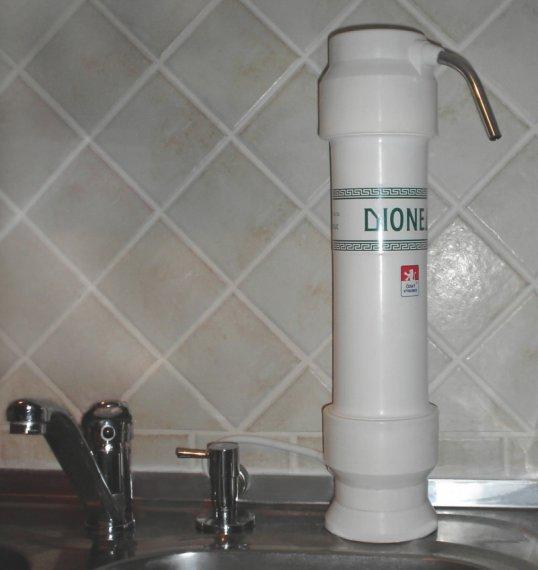Příklad montáže vodního filtru Dionela na linku